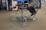 бар столове със стойка за крака за нощни клубове