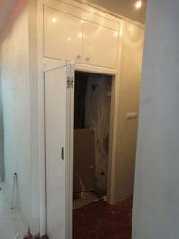 Интериорна врата тип хармоника с едно крило в бял цвят