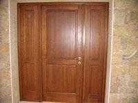 Дъбова масивна трикрила врата