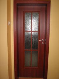 Остъклена ламинирана врата по проект за дневна