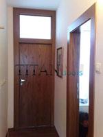 Нестандарна интериорна остъклена врата по индивидуални размери