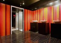 Витражи за стени на баня