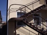 Метални стълби
