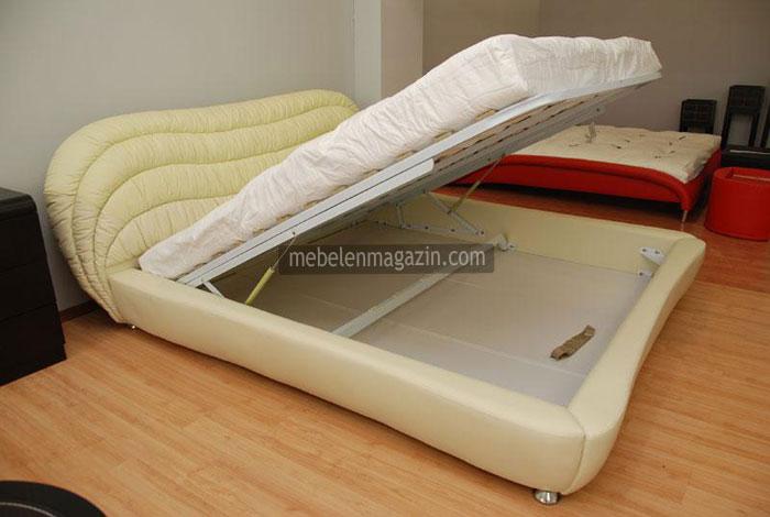 Тапицирана спалня с ракла по поръчка