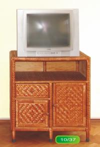 Шкаф за телевизор от ракита