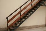 проектиране и изработка на стълбище от метал и дърво