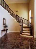 интериорно извито стълбище