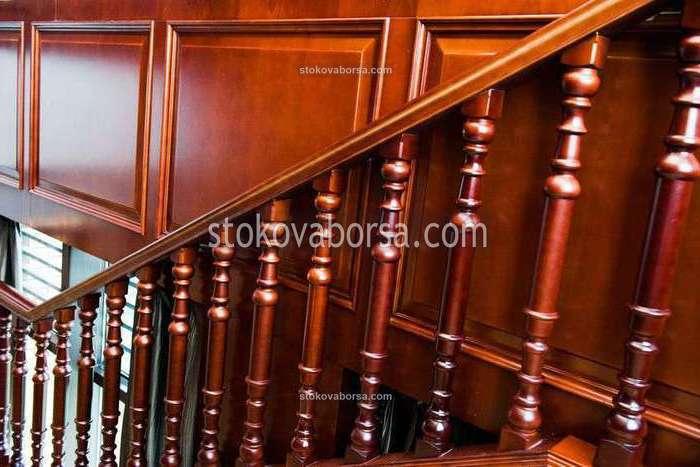 стълбищни дървени парапети по поръчка